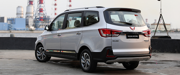 wuling-confero-s-rear-cross-side-view
